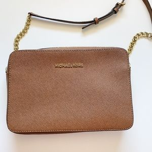 Michael Kors Jet Set Leather Crossbody Bag